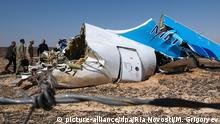 ARCHIV 2015 *** 2730759 11/01/2015 The wreckage of Kogalymavia's Airbus A321 passenger airliner. Flight 9268 was traveling to St. Petersburg from the city of Sharm El-Sheikh and crashed 100 km south of the North Sinai town of El-Arish. Maxim Grigoryev/RIA Novosti © picture-alliance/dpa/Ria Novosti/M. Grigoryev