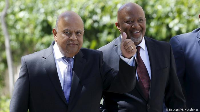 Deputy Finance Minister Mcebisi Jonas (r) says, the Gputas offered him the job of his boss, Pravin Gordhan (l).