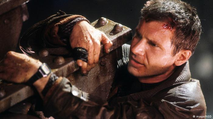 Film still from Blade Runner - Harrison Ford (mago/AGD)