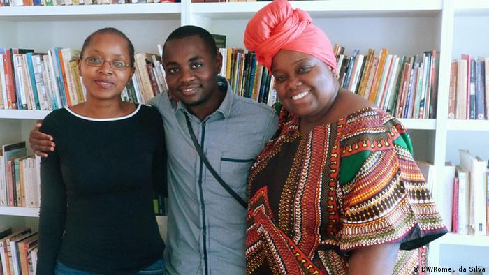 Melita, Nelson e Ximbitana (da esquerda para a direita), três dos selecionados para as Oficinas Literárias