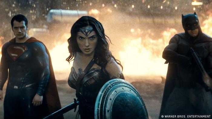 Бэтмен, Чудо-Женщина и Супермен