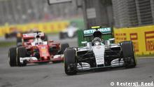 Australien Melbourne Formel 1 Training Ferrair und Mercedes