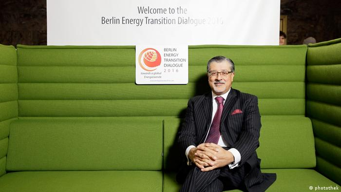 On the Green Energiewende Sofa in Berlin: Adnan Amin, Director General of the Abu Dhabi based International Renewable Energy Agency (IRENA) Foto: BSW-Solar