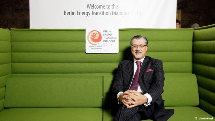 On the Green Energiewende Sofa in Berlin: Adnan Amin, Director General of the Abu Dhabi based International Renewable Energy Agency (IRENA) Foto: BSW-Solar