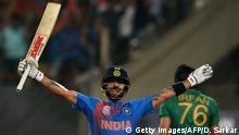 19.03.2016, indien India's Virat Kohli celebrates after victory in the World T20 cricket tournament match between India and Pakistan at The Eden Gardens Cricket Stadium in Kolkata on March 19, 2016 copyright: Getty Images/AFP/D. Sarkar