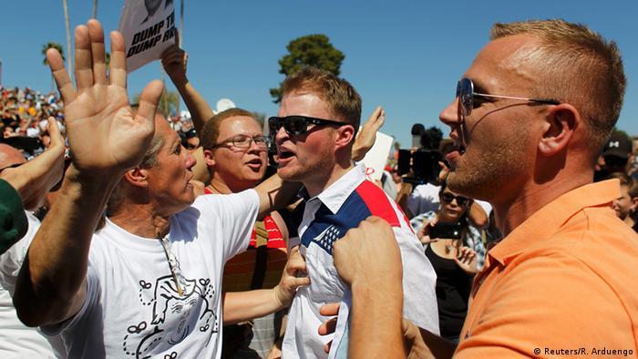 USA Trump Protest Arizona (Reuters/R. Arduengo)