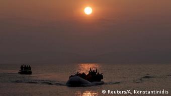 Στις παραλίες της Λέσβου φτάνουν νέοι πρόσφυγες από τις τουρκικές ακτές