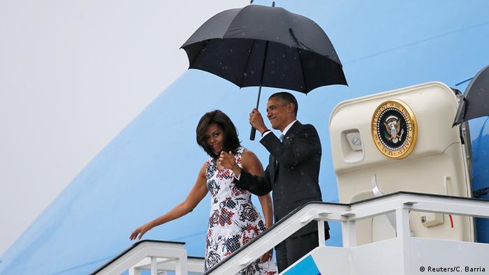 Барак Обама прибув на Кубу з родиною