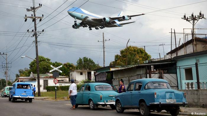 Kuba Havana Anflug Air Force One Obama