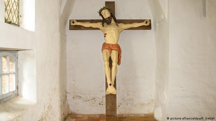W zmartwychwstanie Jezusa wierzy tylko 58 proc. protestantów i 61 proc. katolików w Niemczech