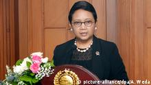 21.03.2016 *** epa05223807 Indonesian Foreign Minister Retno Marsudi talks to journalists during a press conference in Jakarta, Indonesia, 21 March 2016. Minister Retno issued a protest to China over an incident in Indonesian waters off Natuna involving a Chinese fishing vessel and coastguard ship. Indonesian vessels were attempting to detain a Chinese fishing boat that was allegedly illegally fishing in Indonesian waters when a Chinese coast guard vessel intervened in the dispute. EPA/ADI WEDA © picture-alliance/dpa/A. Weda
