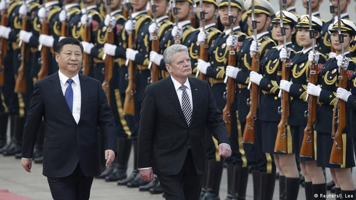 China Peking BPr Joachim Gauck (R) und Päsident Xi Jinping