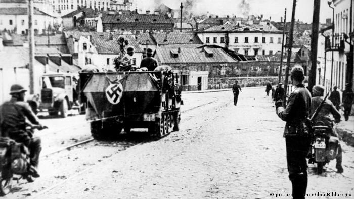 Minsk Rußland-Feldzug der Wehrmacht Panzerfahrzeug