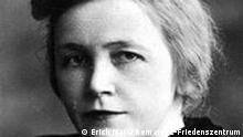 Elfriede Scholz , * 25. März 1903 in Osnabrück; † 16. Dezember 1943 in Berlin-Plötzensee; geborene Elfriede Remark, war eine Schneidermeisterin, die 1943 dem Nationalsozialismus zum Opfer fiel. (c) Erich Maria Remarque-Friedenszentrum