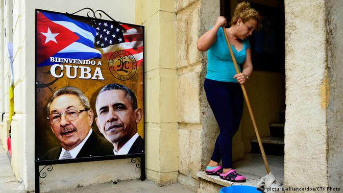A poster for Obama's visit in Cuba (picture-alliance/dpa/CTK Photo)