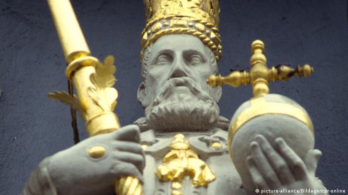 Königsstatue in Lüneburg (Foto: picture-alliance/Bildagentur-online)