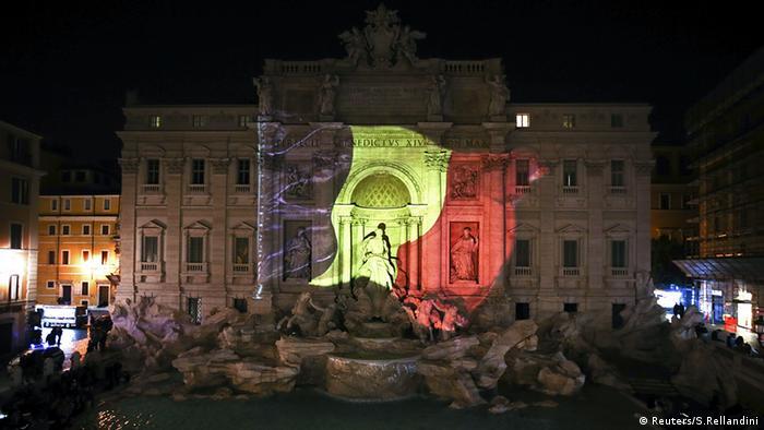 Trevi Brunnen Italien Belgien Beleuchtung Flagge Anschläge Brüssel