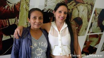 Die Ex-Farc-Kämpferinnen Gloria Castanela und Leidy Montoya (Foto: Florian Kopp/Misereor)