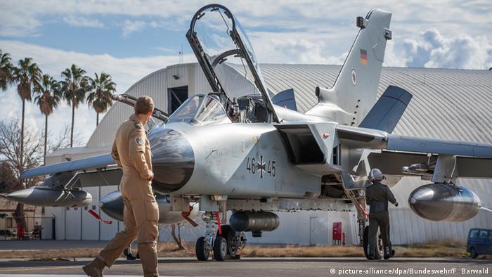 Tornado der Bundeswehr im türkischen Incirlik (foto: BW- handout/dpa)
