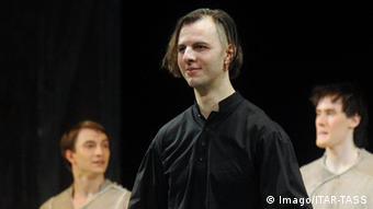 Rußland Dirigent Teodor Currentzis bei einer Vorpremiere in Novaya
