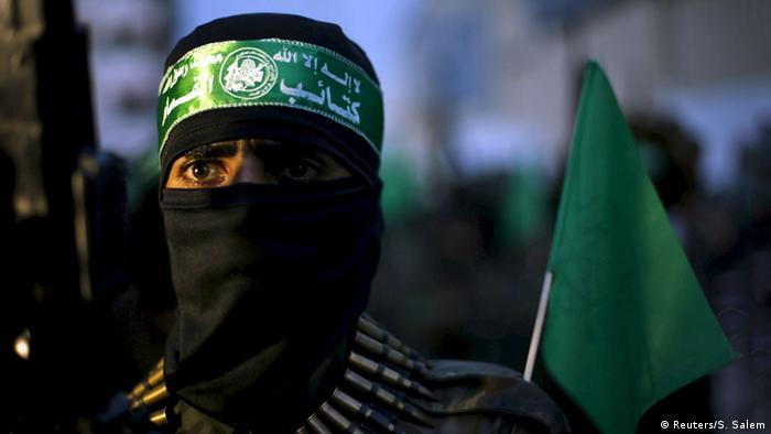 Gazastreifen Gaza-City Hamas Kämpfer (Reuters/S. Salem)