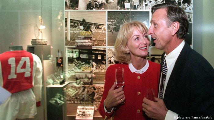Johan Cruyff mit Ehefrau im Cruyff-Museum