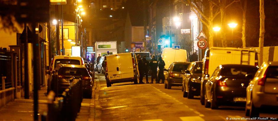 Suspeito foi preso em Argenteuil, nos arredores de Paris