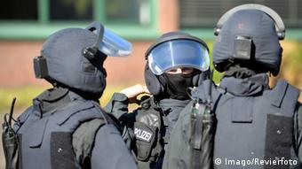 Спецназовцы полиции федеральной земли Северный Рейн - Вестфалия