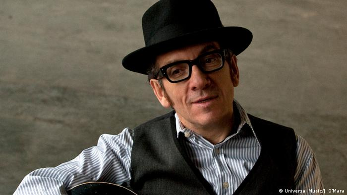 Elvis Costello (Universal Music/J. O'Mara)