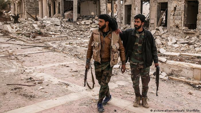 Syrien Palmyra Soldaten