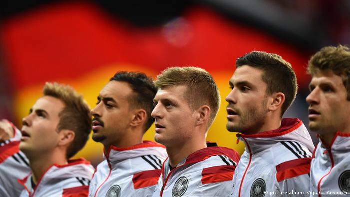 German footballers singing national anthem