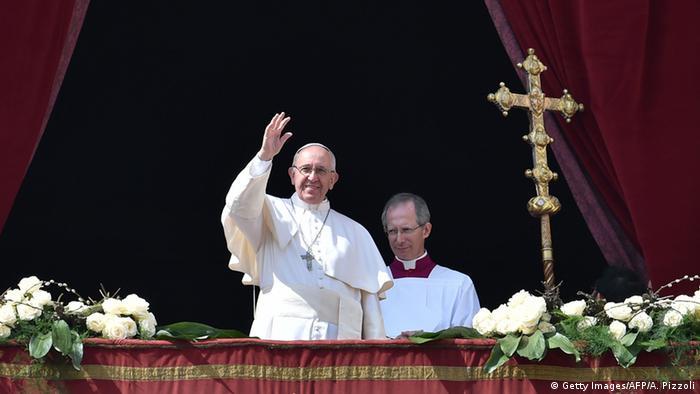Italien Segen «Urbi et Orbi» von der Loggia des Petersdoms Papst Franziskus