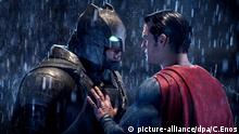 March 28, 2016. This image released by Warner Bros. Pictures shows Ben Affleck, left, and Henry Cavill in a scene from, Batman v Superman: Dawn of Justice. (Clay Enos/Warner Bros. Pictures via AP) © picture-alliance/dpa/C.Enos