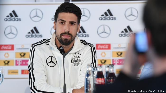 Sami Khedira PK Pressekonferenz Deutsche Fussball Nationalmannschaft (picture-alliance/dpa/M. Gilliar)