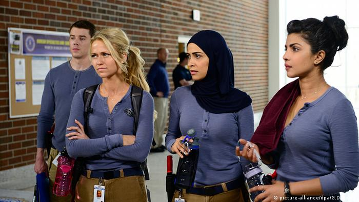 Quantico US Serie Yasmine Al Massri and Priyanka Chopra Johanna Braddy Brian J. Smith