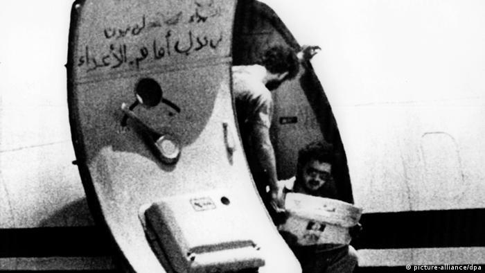 Entführte TWA-Maschine in Beirut
