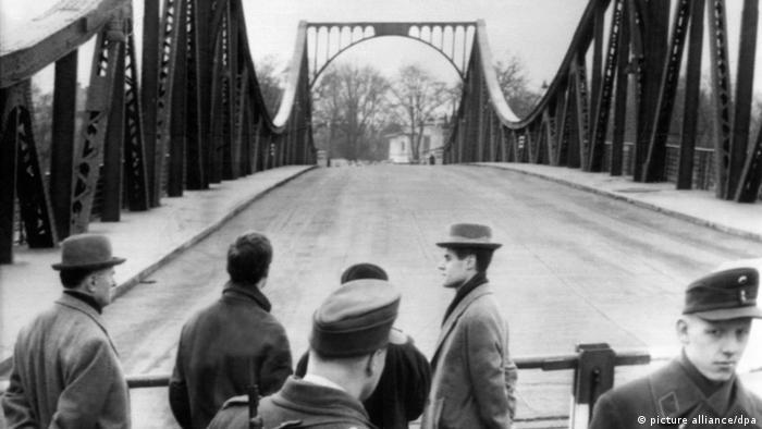 Глиникский мост, 10.02.1962