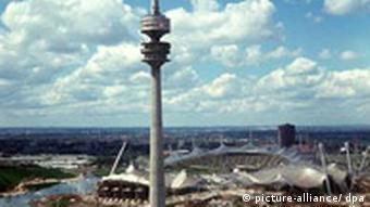 Olympia-Gelände und Fernsehturm von München