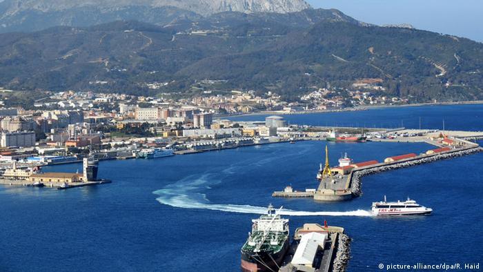 Испанский порт Сеута
