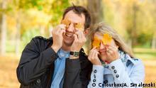 Archiv Beautiful young couple having fun in autumn park Copyright: Colourbox/A. Smalenski