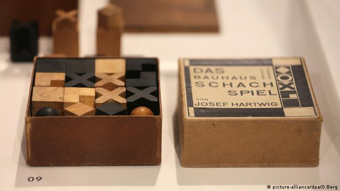 Josef Hartwig's chess set (picture-alliance/dpa/O.Berg)