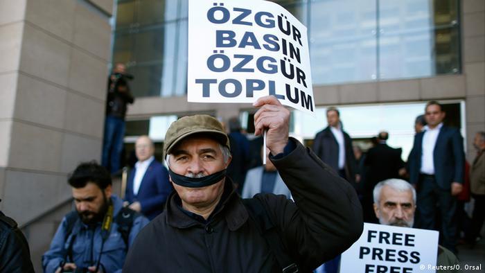 اعتراض به محاکمه جان دوندار، سردبیر روزنامه جمهوریت در استانبول