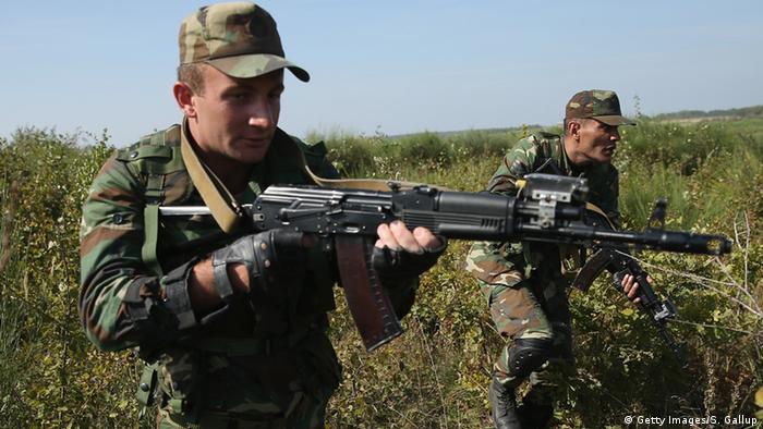 Военнослужащие Азербайджана с оружием