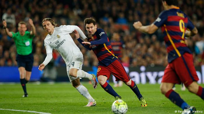 Fussball FC Barcelona gegen Real Madrid CF (Reuters/J. Medina)