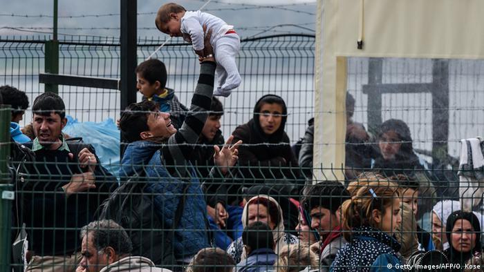Türkei Dikili Flüchtlinge (Getty Images/AFP/O. Kose)