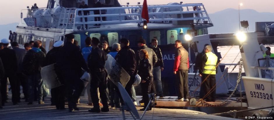 Apenas 325 refugiados foram devolvidos da Grécia para a Turquia até agora