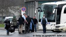 Deutschland Syrische Flüchtlinge aus der Türkei kommen in Hannover an