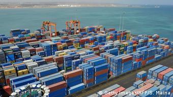 Dschibuti Containerhafen und Rotes Meer
