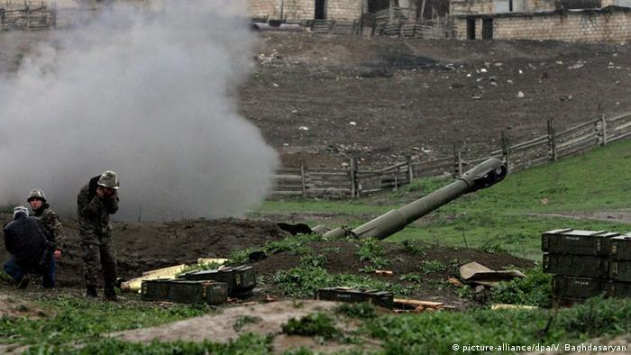 Cephede Ermeni askerleri