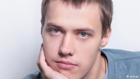 Russian investigative reporter Roman Anin